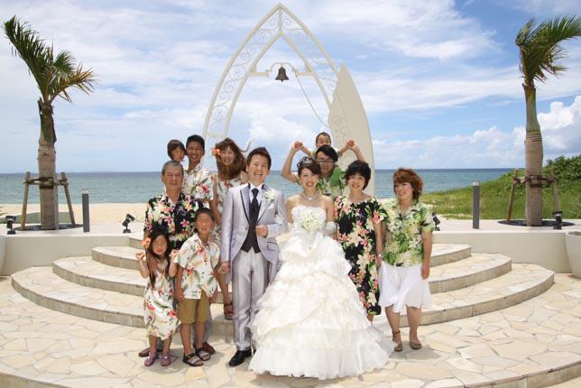 沖縄結婚式の服装