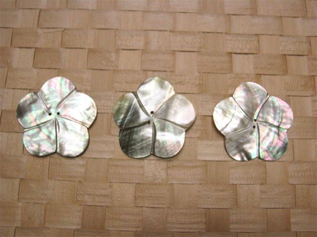 Flower Tahitian Shell Ornament 3Piece set