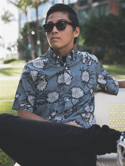 2c65e811 Avanti Rapture Charcoal Cotton Men's Hawaiian Shirt | AlohaOutlet